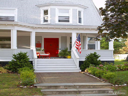 Painted Accents Add Character to Home Exterior